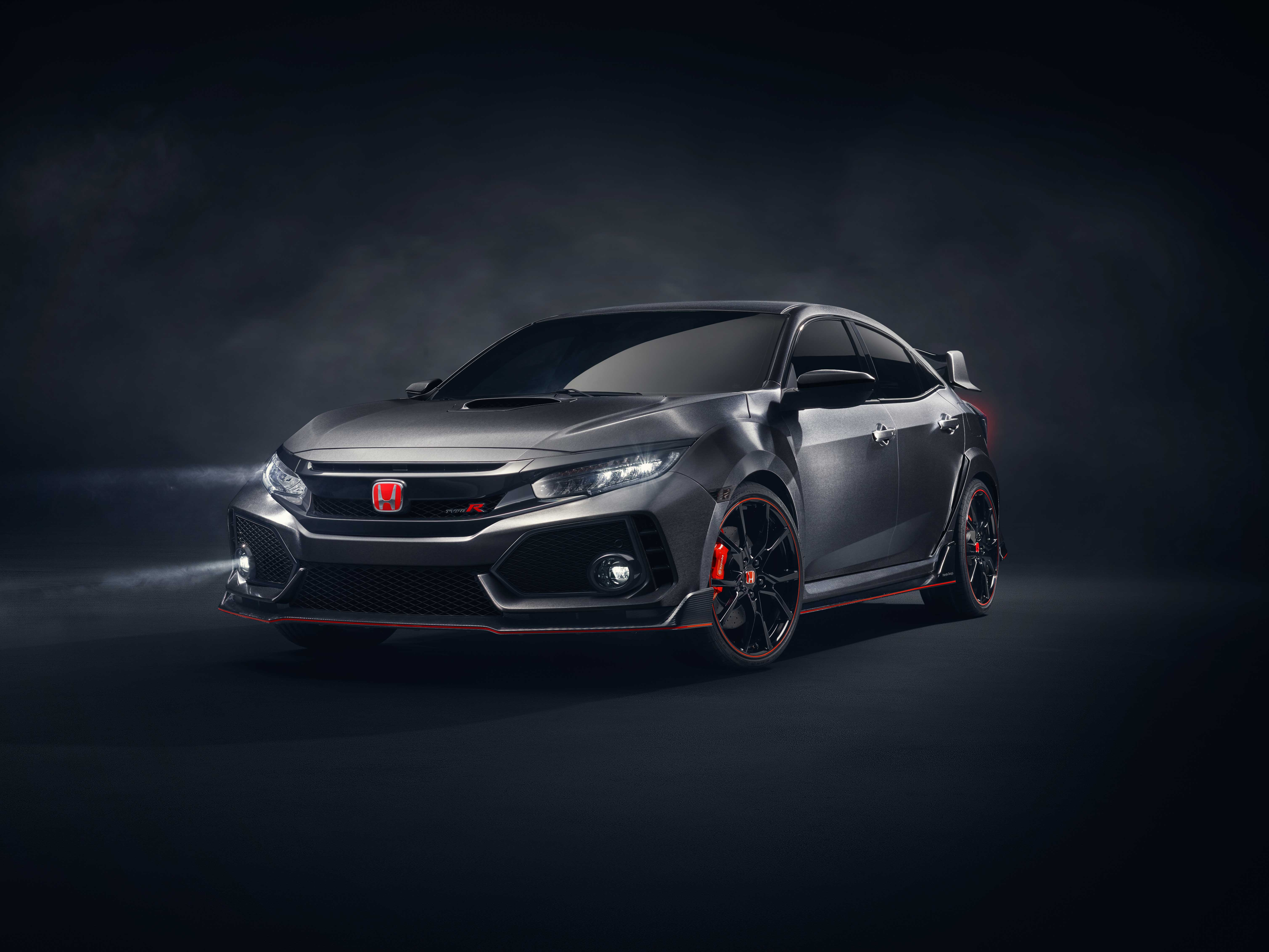 01 Civic Type R Prototype Front 3 4 v2